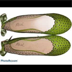 🆕 Mi.iM fluorescent Lime Flats with bow
